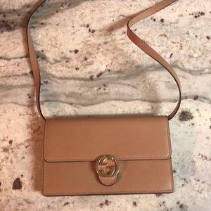 Gucci Womens tan Leather GG Marmont Mini Crossbody